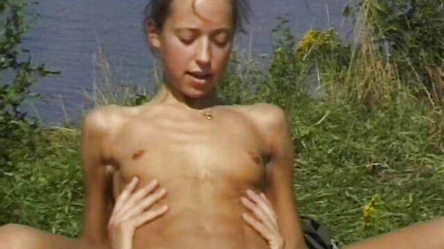 Ez a lány testvér sex video farmerrel süllyedt az utcára